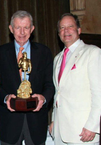 Coral_Gables_Chamber_of_Commerce_Honors_UM,_Ambassador_Cobb